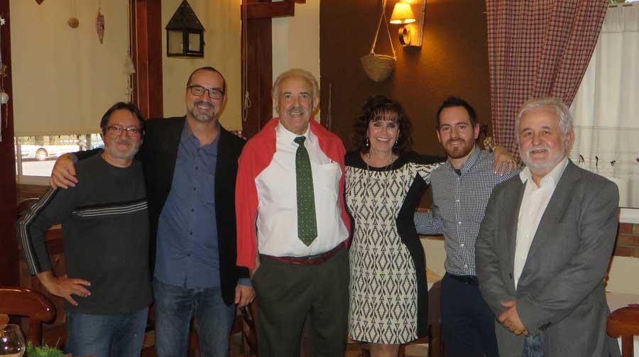 Marichu y su equipo en España